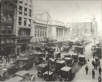 Fifth Avenue looking north from 40th Street, 1916.