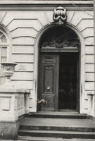Entrance, 123 East 35th Street, 1977.