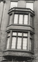 Detail, bay windows, 127 East 35th Street.