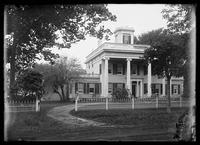 Hampton House (Nathaniel Rogers House), Bridgehampton, New York, undated (ca. 1890-1919).