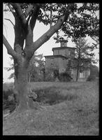 Octagon House (Dr. Sweetzer's House), W. 187th St. between Northern Avenue and Fort Washington Avenue, New York, 1913.