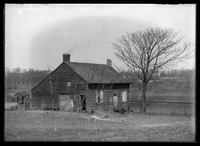 Unidentified old saltbox cottage, possibly Queens, New York, undated (ca. 1882-1919).
