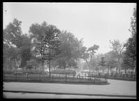 Washington Square Park, looking west, Greenwich Village, New York City, 1916.