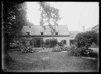 The John Bowne house, 1 Bowne Street, Flushing, Queens, New York City, June 1900.