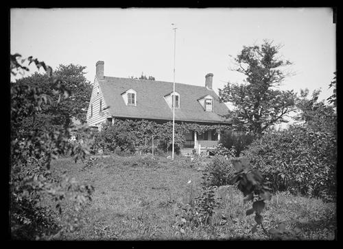 Unidentified Dutch Colonial Farmhouse Undated Ca 1890 1919