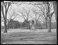Statue of Columbus, the Mall, Central Park, New York City, undated (ca. 1892-1905).