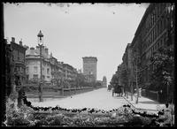 View along Park Avenue from E. 38th Street, New York City, 1905.