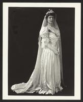 Mrs. A.J. Huntington, undated [circa 1900-1910].