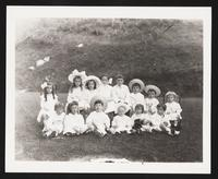 Unidentified children, large group photo, undated [circa 1900-1910].