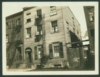 Brooklyn: 31 Front Street, half of the residence of Joshua Sands, built 1796, east of Dock Street, 1923.