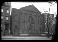 Brooklyn: Reformed Church on the Heights, [near the northwest corner of Pierrepont Street and Monroe Place, 1922.]