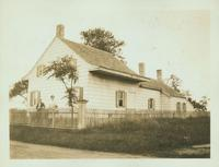 Gravesend: Bernardus Ryder / Elias Hubbard Ryder House, rear view, east side of Ryder Avenue (formerly Ryder's Lane) in the vicinity of E. 29 Street, 2 blocks north of Avenue S, 1923.