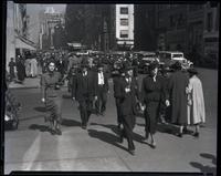 Crowds on Fifth Avenue near 48th Street, New York City, 1935. Showing Peck & Peck at 585 Fifth Avenue.