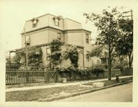 Long Island City: General Ebenezer Stevens House, south side of Temple Street east of Boulevard [?], Astoria, 1922. Second site.