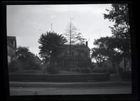 Jamaica: Amos Harris House, east side of Van Wyck Avenue about 200 feet north of Chichester Avenue (95th Avenue), 1922.