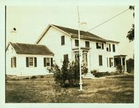 Jamaica: John Hendrickson House, west side of Farmers Avenue opposite Higby Avenue and south of Merrick Road, 1923.