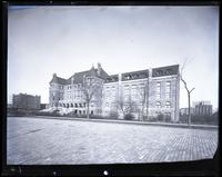 American Museum of Natural History, West 77th Street, New York City, 1895.