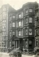 Brooklyn: Horace B. Claflin House, Pierrepont Street, north side, between Willow Street and Hicks Street, 1922. Built 1874.