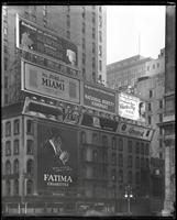 East 42nd Street and Fifth Avenue, New York City, December 1921: Fatima Cigarettes, Venus Pencils, Dr. Lawton's Fat Reducer, Ray Battery, National Surety Company, Brunswick Phonographs and Records, Charles Frey (hairdresser), Chamber of Commerce of Miami,