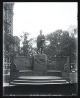 Admiral Farragut statue, Madison Square Park, New York City, 1913. Augustus St. Gaudens, sculptor; McKim, Mead & White, architects of statue base.