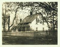 Long Island City: George Kouwenhoven House, north side of Old Bowery Road, west of Blackwell Street, 1923. Southeast view.