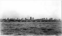 Manhattan: Lower Manhattan skyline and the Hudson River, from New Jersey, undated (ca. 1905). Piers 16 to 26 visible.