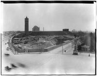 Brooklyn: Flatbush Avenue entrance to Prospect Park, Mount Prospect water tower on Eastern Parkway, 1913. Brooklyn Institute of Arts and Sciences (Brooklyn Museum) visible in distance.