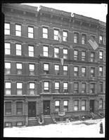 118 E. 91st Street, New York, undated (ca. 1920). Several American flags displayed from apartment windows.