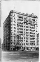 Manhattan: Hotel Savoy, corner of Fifth Avenue and 59th Street, undated (ca. 1905).