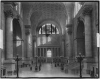 Manhattan: interior entry hall and ticket office of Penn Station (i.e. Pennsylvania Station), 1911.