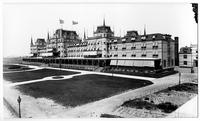 Brooklyn: the Oriental Hotel and boardwalk, Manhattan Beach, undated (ca. 1905). High-angle view from the southeast..