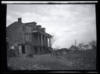 Long Island City: [John Alsop House, on high ground south of Old Bowery Road, north of Wolcott Avenue and east of DeBevoise Avenue (later 2nd Avenue), 1923. Side view.]
