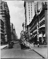 Manhattan: Fifth Avenue looking north from 32nd Street, undated [ca. 1910].