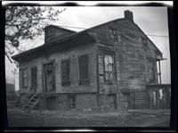Long Island City: [John Alsop House, on high ground south of Old Bowery Road, north of Wolcott Avenue and east of DeBevoise Avenue (later 2nd Avenue), 1923. 3/4 rear view.]