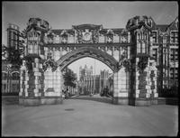 Amsterdam Avenue gate of the City College of New York campus, New York City,  July 13, 1914.