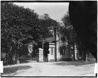 Staten Island: gatehouse to Wendel House (?), undated.