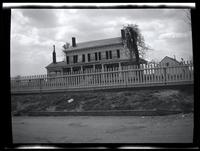Long Island City: [Francis Duryea Kouwenhoven House, south of Old Bowery Road, just east of Kouwenhoven Street, Hellgate,  1923.]