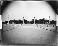 Brooklyn: entrance to Prospect Park at Grand Army Plaza, Flatbush Avenue, undated.