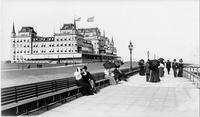 Brooklyn: the Oriental Hotel and boardwalk, Manhattan Beach, undated (ca. 1905).