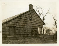 Newtown: Abraham Furman House, south side of White Pot Road, just west of the line of Dartmouth Street, 1923.
