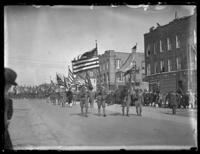 Military procession accompanying the body of 'Captain John [...?]', the last American casualty brought back from France, Brooklyn (?), ca. 1922.