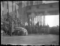 Outdoor memorial service for 'Captain John [...?]', the last American casualty brought back from France, Brooklyn Army Terminal (?), ca. 1922.