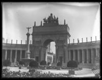 Arch of the Rising Sun, Nations of the East, Panama-Pacific International Exposition, San Francisco, California, September 15, 1915.