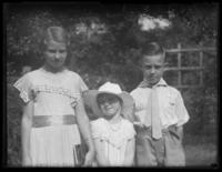 Virginia, Peggy, and William Bjorkman, probably Yonkers, N.Y., undated (ca. 1935).