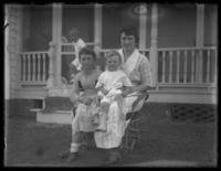 Ella Shores, Eldredge France, and Odessa France Bjorkman, Chance, Maryland, August 1919.