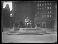 Tom L. Johnson statue, Public Square, Cleveland, Ohio, undated (ca. 1919).