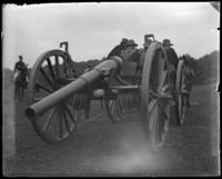 Gunners waiting for orders, sham battle, [possibly Van Cortlandt Park, Bronx, N.Y.], June 15, 1901.