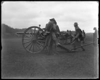 Battery in action, sham battle, [possibly Van Cortlandt Park, Bronx, N.Y.], June 15, 1901.