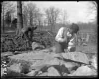Workmen placing dynamite, New York Zoological Gardens [the Bronx Zoo], Bronx, N.Y., 1899.
