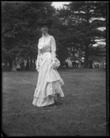 Unidentified woman, Sunday Schools parade in Claremont Park, Bronx, N.Y., June 6, 1903.